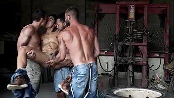 All against one gay!! Viktor Rom, Ken Summers, Bulfrog and Alex Kof