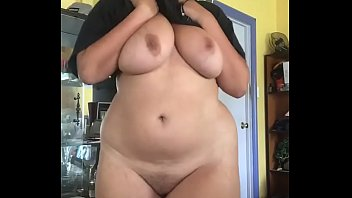 Streaming Video Showing my Curves - XLXX.video