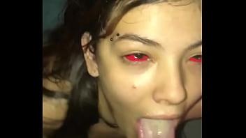 Demônio boqueteira levou gozada na boca do Dluquinhaa