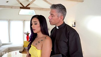 Trickery - Jaye Summers Gets Fucked By The Priest