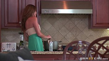 Brazzers - Kendall Kayden get oiled up and ready