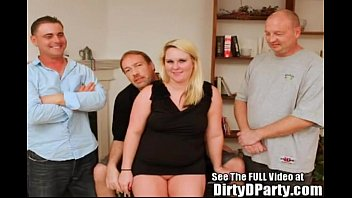 Southern Bell Squirter Cammy Has A Tampa Style Gang Bang 4 min
