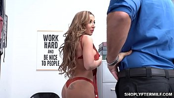 Milf Richelle Ryans trimmed pussy tastes so good and gets wet as the stud strokes inside her cunt