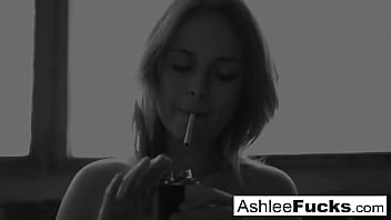 Sexy  Ashlee Graham smokes while showing off her natural tits