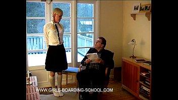 Molly - Bad schoolmarks