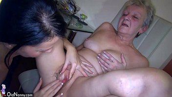 Skinny mature hairy filled Oldnanny sexy young girl and skinny old mature have sex with toy