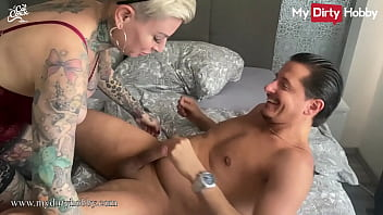 MyDirtyHobby - Busty babe double pussy spray after threesome
