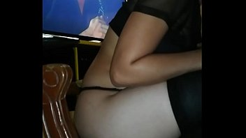 I love to take this young lady very rich by the c ***** or by the cuquita and a good blowjob
