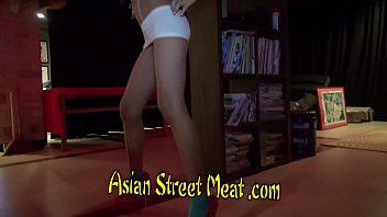 Grips And Relaxes Her Asian Sphincter