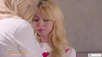 MOMMY'S GIRL - I have mommy issues, I'm sorry! - Charlotte Stokely, Jade Baker and Dava Foxx