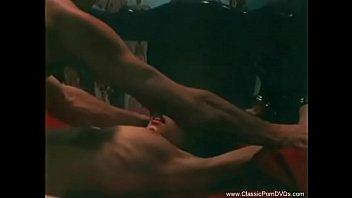 Classic 1970's Mystery Ends With Sex Vorschaubild