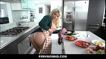 Big Tits Big Ass Milf Stepmom Anna Nicole West Family Fucked By Stepson Before His Big Date Pov
