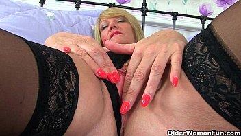 British milf Lulu and her big naturals thumbnail