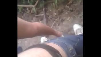 Cojida en el monte
