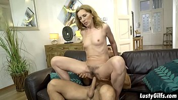 Hairy muscular pussy - Young stud loves it when mature woman viols milf pussy is hairy and licks it with his horny tongue