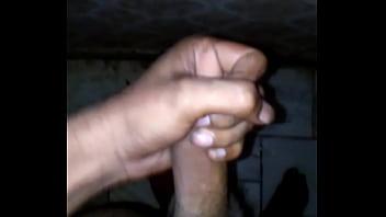 "Indian desi boy masturbating in bathroom <span class=""duration"">3 sec</span>"