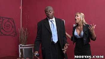 MilfsLikeItBlack.com - Morgan Ray (Getting back on top never felt this good)