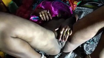 maid likes owner's cock porn in Hindi