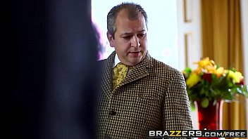 Brazzers - b. Got Boobs - (Erica Fontes, Ryan Ryder) - Downton Grabby 2 8 min