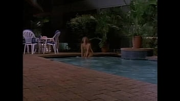 Tropical Heat: Sexy Nude Girl Skinnydipping