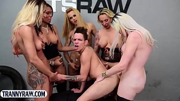 "Guy gangbang fucked by a group of big cock latina trannies <span class=""duration"">6 min</span>"