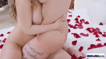 Real couple Lena Paul n Ivy Lebelle lick