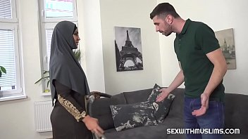 Slacking muslim wife punished thumbnail