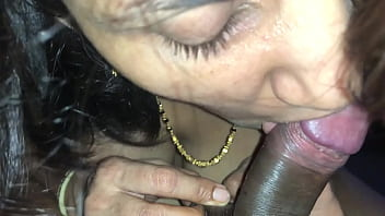 Sexiest Indian Lady Closeup Cock Sucking with Sperm in Mouth