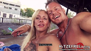 PUBLIC SCENE! Crazy tattooed ◆FitXXXSandy◆ fucked in pierced cunt! HITZEFREI.dating