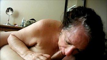Free online granny porn - Brunette granny devouring a cock she found online