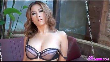 ถ่ายแบบโป๊สาวสวยไทย เธอแก้ผ้าหมดโชว์หน้าหีและนมเต้าสวยหีคนไทย