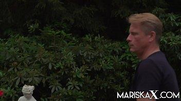 MARISKAX Busty Lucia Love screws the landscapers 10 min