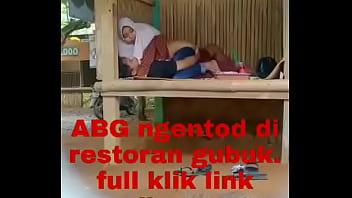 Video Bokep Jepang Ibu Selingkuh Main Di Gubuk XnXX videos • xnxx2 ...