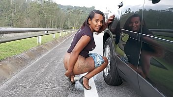 Girl caught peeing pictures free - Samira ferraz é flagrada fazendo xixi - aniaty barboza - ed junior