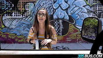 Amateur with glasses gets fucked 305Bus 2.1