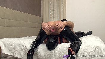 Latex and open office Femdom facesitting and rimjob