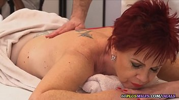 the granny fucks the masseur