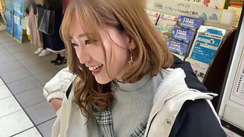 Https://bit.ly/3gwYGTZ ハメ撮り ギャル系シングルマザー 関西弁イケイケ美人(27)子供を預けてセフレと中出しセックス 満足できずに射精直後のちんこをしこペロ パート1