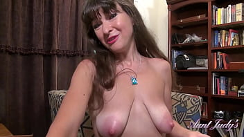 AuntJudys - Cleaning Day With 49yr-old Texas Amateur Gabriella