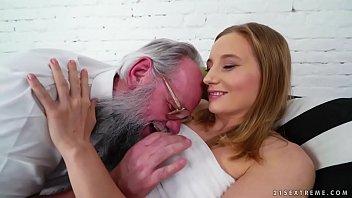 Grandpa and her much y. girlfriend - Kiki Cyrus 6 min