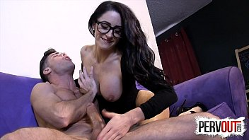 Crazy Tease Hand Job With Cleo And Lance Hart 2分钟