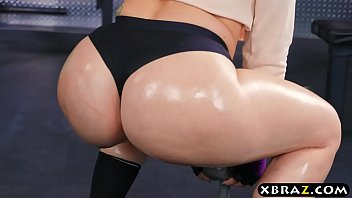 Big ass gym babe Mandy Muse anal fucked after squats thumbnail