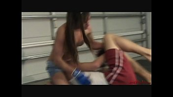 Cindy Makes Smartass Guy Quit - Painful Beating Without Words