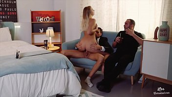 VIP SEX VAULT - FFM Threesome With Swinger Couple And Hot Blondie Vyvan Hill