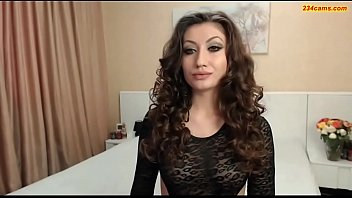 Sexy smoker Foxy smoker in hd - 234cams.com