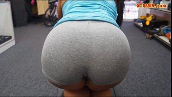 Ebony gym trainer banged by nasty pawn guy at the pawnshop