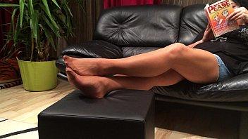 Long Nylon Footplay by my Stepmom 2分钟