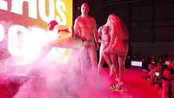 Foursome public swinger party double couple have funny on the stage With Liz Rainbow Mary Rider Capitano Eric and Kevin White