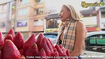 MAMACITAZ - Smoking Hot Colombian Anastasia Rey Turns Horny On Cam