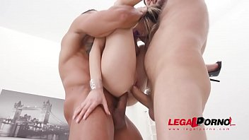 Rebecca Volpetti assfucked by 4 guys and pissed all over SZ2452